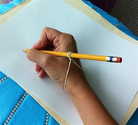 rubber sting ideas 25 best ideas about pencil grip on teaching