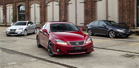 lexus australia lexus australia recalls 2500 cars rx400h is350 affected