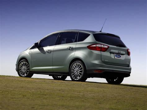 2015 ford c max energi price photos reviews features 2015 ford c max hybrid c max energi quick spin review