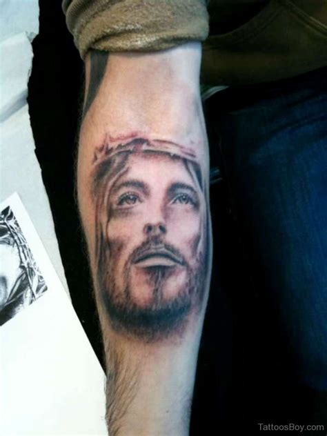 jesus face cross tattoo jesus tattoos designs pictures page 17