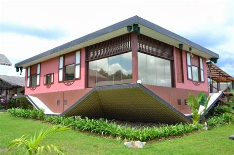 buy house in malaysia 10 super weird houses you didn t expect to find in malaysia cilisos current
