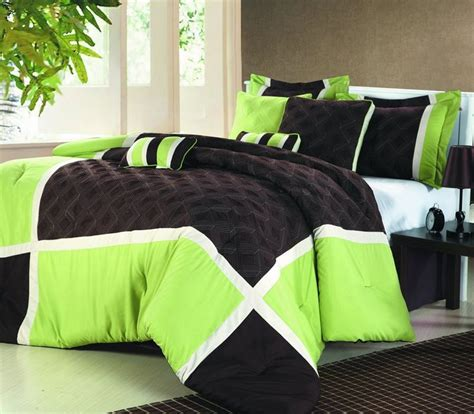 lime green coverlet best 25 lime green bedding ideas on pinterest lime green bedrooms lime green rooms and green