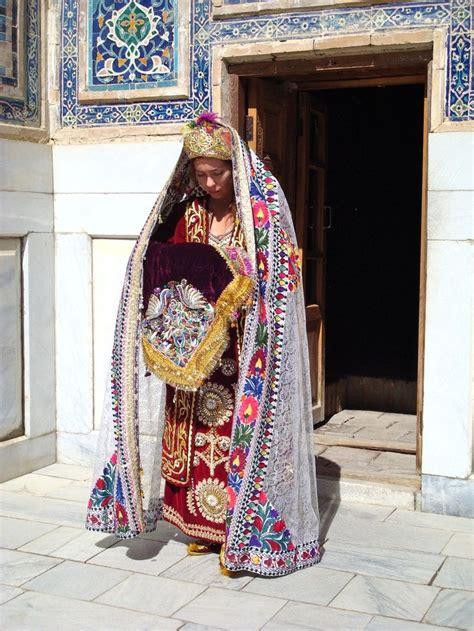uzbek traditional clothing uzbekistan clothes tyubiteika 54 best folk costume uzbekistan images on pinterest folk