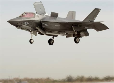 Marima Dusty Gm marine corps joint strike fighter prepares for combat f 35 lightning ii