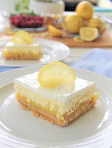 Lemon Sour Cream Cheesecake Dessert Bars with Lemon Oreo ... Lemon Dessert Bars