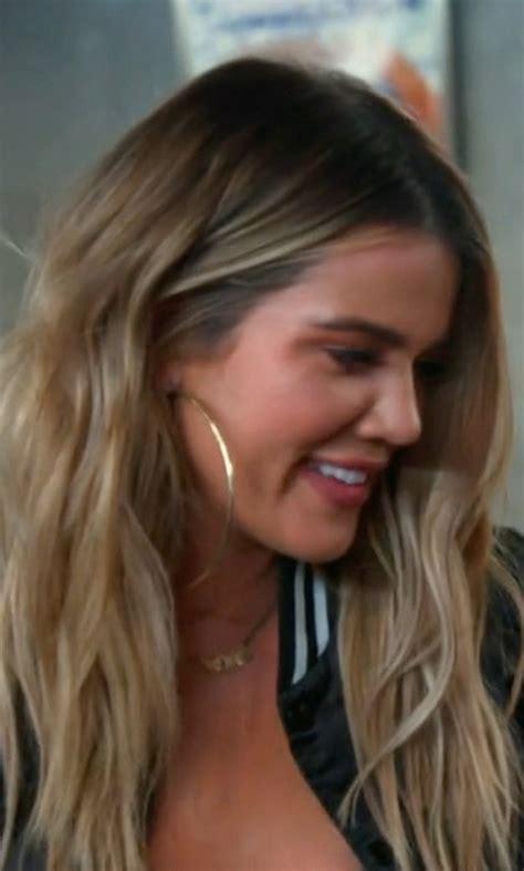 khloe kardashian coin necklace jewelry in movies women s fashion thetake