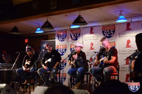 country music concerts new england 2013 the stars come out for country 92 5 s concert for kids