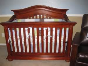 Oak Colored Crib Does Anyone The Baby Cache Heritage Crib The Bump