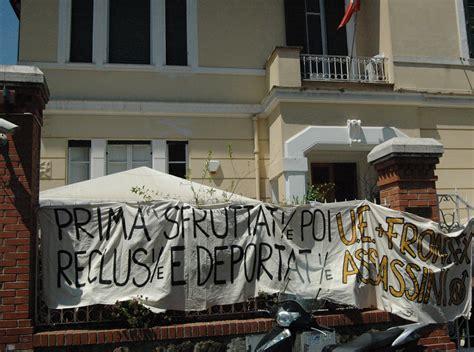 consolato tunisino roma occupato il consolato tunisino anche a roma radio onda rossa