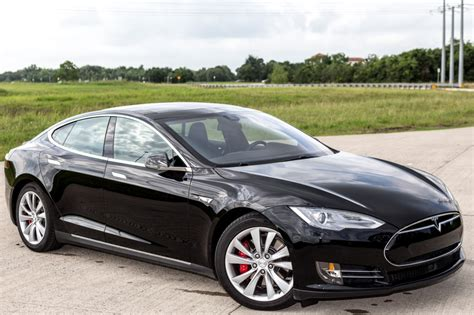 review tesla s new model s p85d your engines