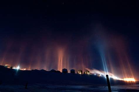 light pillars awesome optical phenomenon light pillars