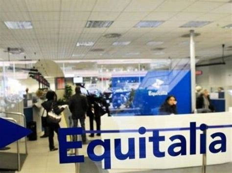equitalia uffici per riscuotere le tasse i comuni ricorrono a un regio
