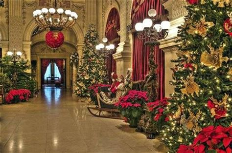 a gilded age christmas notch above tours