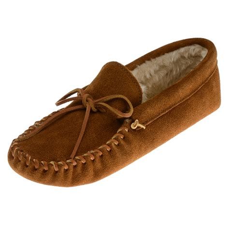 Are Moccasins Comfortable Minnetonka Moccasins 793 Men S