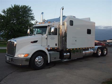 Peterbilt Custom Sleeper by Peterbilt With Sleeper Autos Weblog