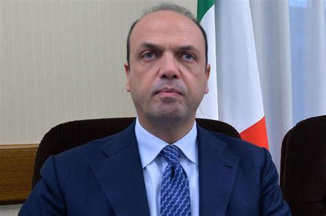 alfano ministro interno governo renzi alfano ministro dell interno lettera43 it