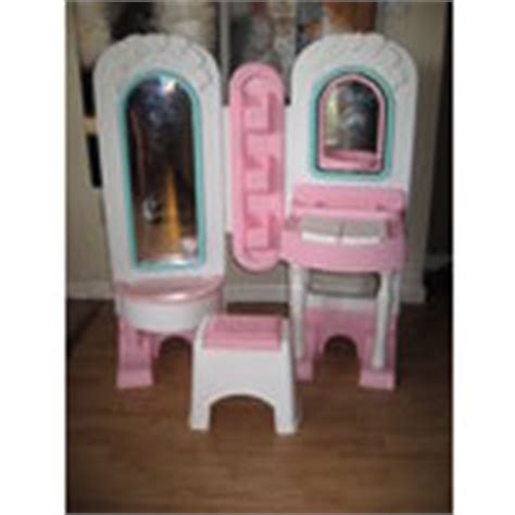 Fisher Price Dress Up Vanity by Vintage Fisher Price Vanity Dress Up Table Stool Makeup