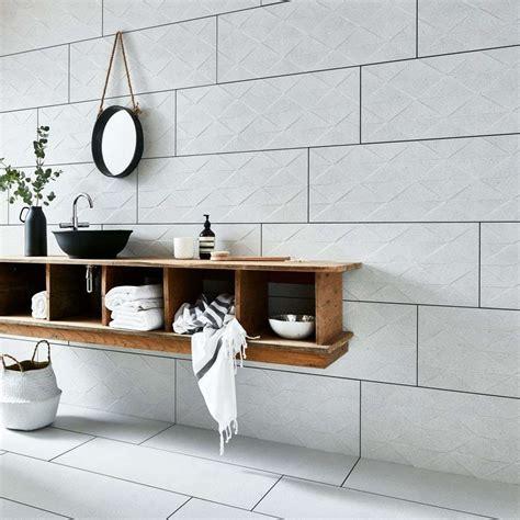 checklist  youll   tile  bathroom walls