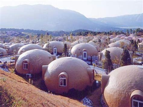 bubble house village japan bubble houses geodesic anti earthquake igloo shaped house 住まい residence
