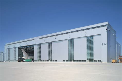 aircraft hangar doors design customised aircraft hangar door solutions butzbach gmbh