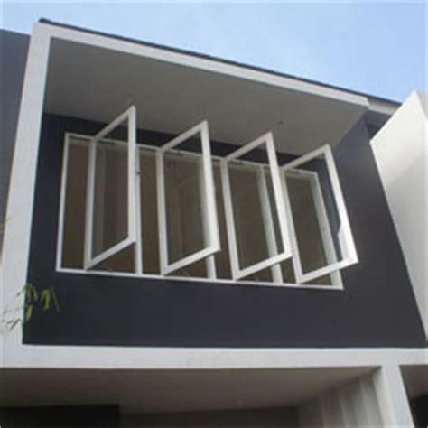 Desain Pintu Jendela Rumah Mediterania dan Tropis