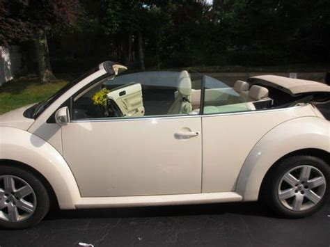 sell  mint vw beetle convertible limited edition cream  cream wwarranty
