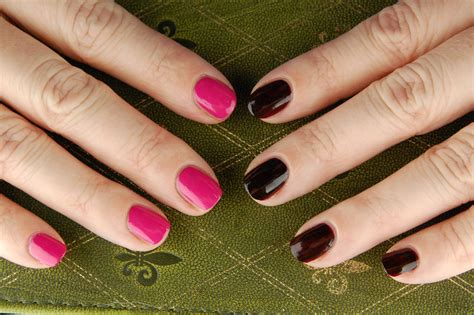 who sings in color gwen stefani for opi nail review swatch and review