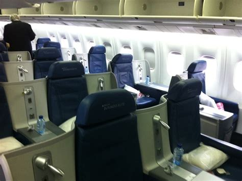 delta flatbed seats flat business elite seat 1d on delta s 767 domestic