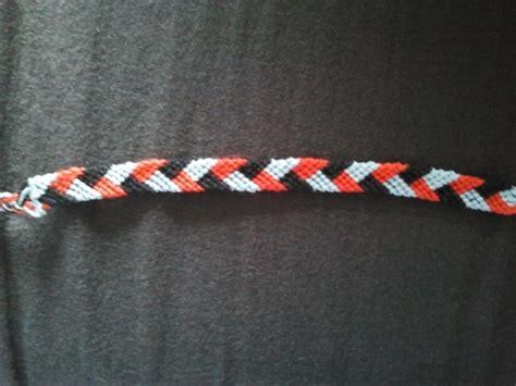 Friendship bracelet three color plait by NieveSangrienta on DeviantArt