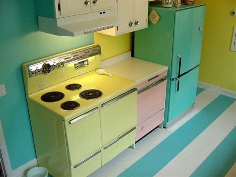 retro style kitchen appliances retro style appliances vintage kitchen pinterest