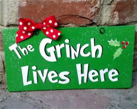 welcome to whoville and outside decorations on decor sign with glitter quot the grinch lives here