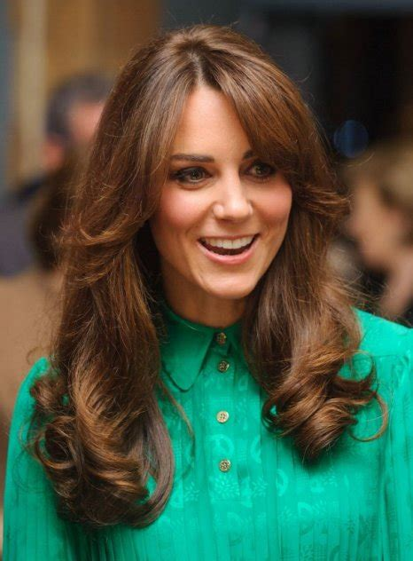 kate middleton s shocking new hairstyle kate middleton debuts new retro haircut at museum opening