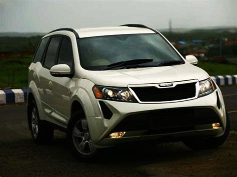 mahindra new uing cars mahindra xuv5oo modified by dc design