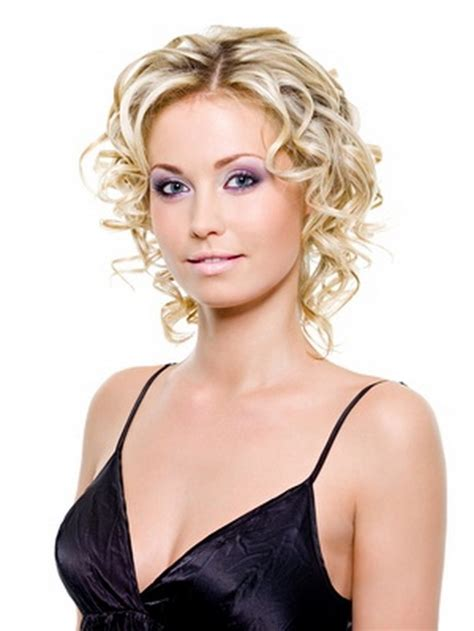 thin curly hair short haircuts short hairstyles for fine curly hair