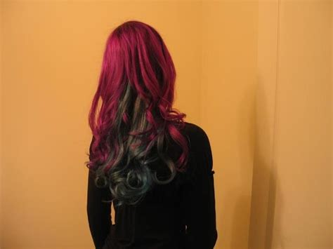 mixing splat lavender and luscious raspberries two toned curly hair with splat luscious raspberries