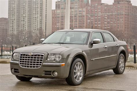 2010 chrysler 300 mpg 2010 chrysler 300 reviews specs and prices cars