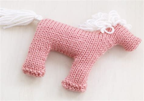 printable animal knitting patterns horse zebra and donkey knitting patterns in the loop