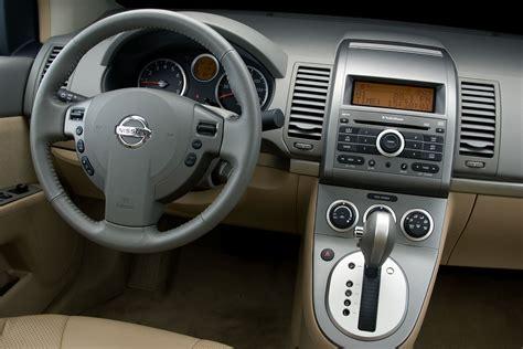 nissan sentra interior 2007 2009 nissan sentra 2 0 sl review autosavant autosavant