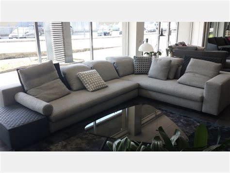 divani minotti prezzo divani in offerta a prezzi scontati