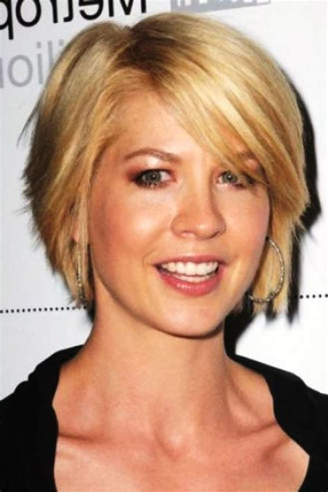 hair cuts for thin hair oval face over 40 short hairstyles for fine hair and long face over 50
