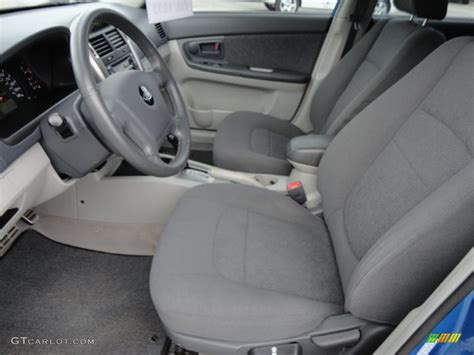 2006 Kia Spectra Interior Gray Interior 2006 Kia Spectra Spectra5 Hatchback Photo