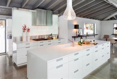 cr馥r un ilot central cuisine grand ilot de cuisine projet cuisine salon linaire avec