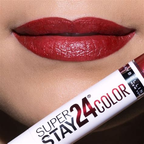 Lipstick Maybelline 24 Hour Superstay looking for the lip for the upcoming