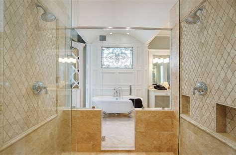 Mosaic Tiled Bathrooms Ideas by 10 Luxurious Ways To Decorate With Travertine In Your