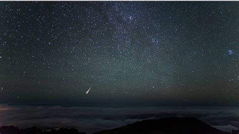 perseid meteor shower peaks tonight big island now