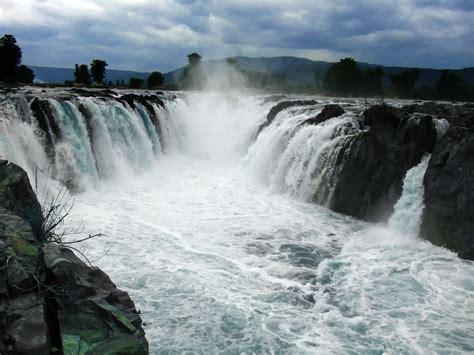 A Place Falls Hogenakkal Falls