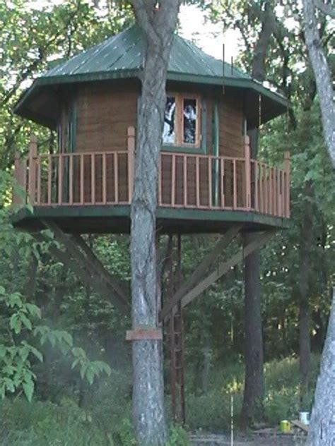 awesome tree house plans hunting tree house plans awesome deer hunting tree house plans escortsea new home