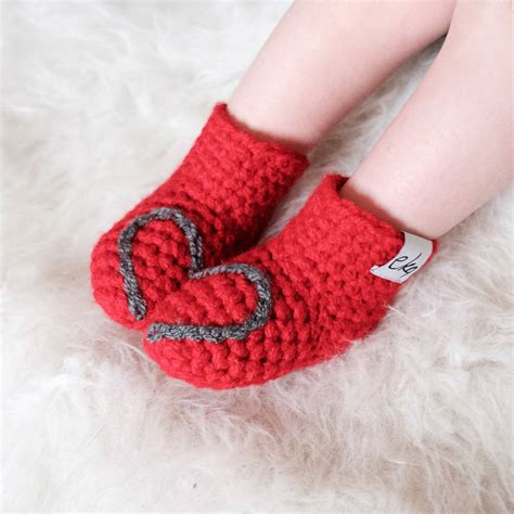 Handmade Baby Booties - handmade baby booties with or snowflake by eka