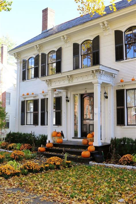 ideas best 25 colonial style homes ideas and
