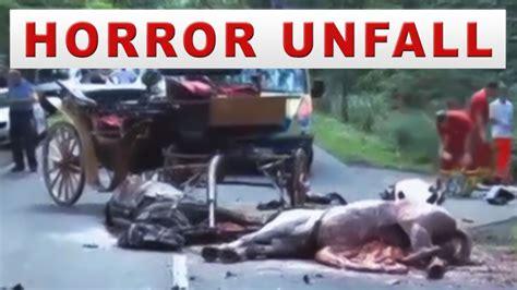Motorradrennen Unfall Heute by Horror Unfall Motorrad Biker Und Kutsche 1 Toter 2 Pferde
